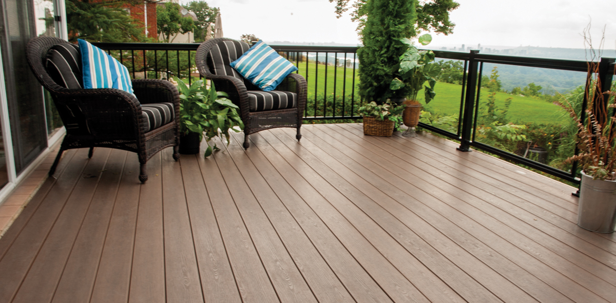 composite deck overlooking dundas valley